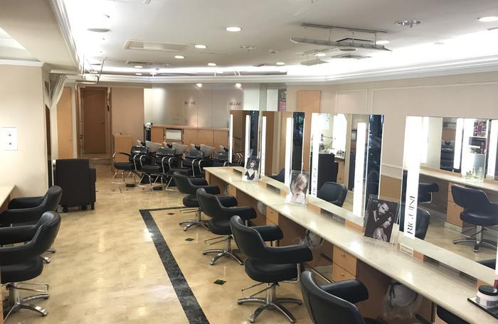 Премиум салон Biguine 東京 新宿南口店